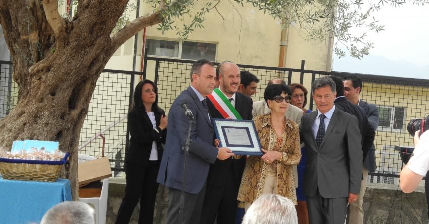 """Inaugurazione plesso """"L. Fiorillo"""", è Nicolino Lombardi il nuovo dirigente scolastico"""