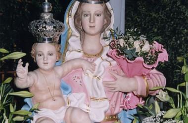 Chiesa di Cancello ed Arnone dedicata a Maria SS. delle Grazie Regina di tutti i Santi