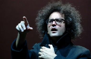 Il Rossetti presenta Magazzino 18 uno spettacolo di e con Simone Cristicchi.