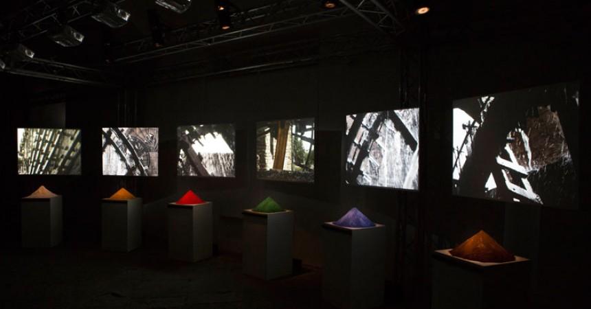 Studio azzurro il colore dei gesti sinfonia mediterraneo - Tavoli interattivi ...