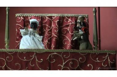 Burattini, micromagia, musica, pittura e foto d'autore sul palcoscenico di Santa Caterina