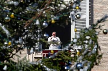 """Santo Stefano, il Papa rivolge la sua preghiera ai """"cristiani perseguitati"""""""