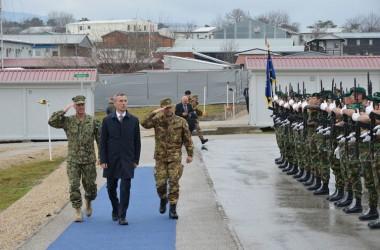 Il Segretario Generale della NATO in visita alla Kosovo Force