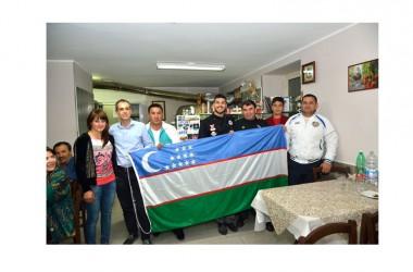 Casa Vitiello ospita la delegazione dell'Uzbekistan per una cena degustazione a base di pizza