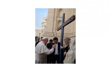 Dopo Roma il viaggio della Croce di Lampedusa fa tappa in Abruzzo