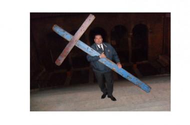 Il viaggio della Croce di Lampedusa dall'Abruzzo verso la Puglia, terra d'immigrazione e di accoglienza