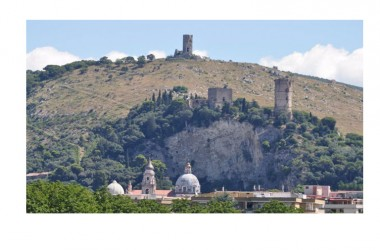 """A Maddaloni """"3^ edizione di """"Castello porte aperte"""""""