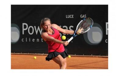 """Gioia Barbieri lascia la ventottesima edizione degli """"internazionali"""" di tennis """"Città di Caserta – Power Gas Tennis Cup"""""""