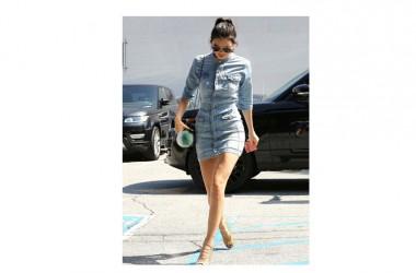 Last news SUPERTRASH: la bellissima top model Kendall Jenner veste SuperTrash