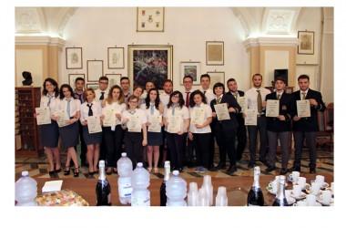 """Ecco i 19 migliori studenti del 'Villaggio'. Per loro una cerimonia speciale per il """"100"""""""