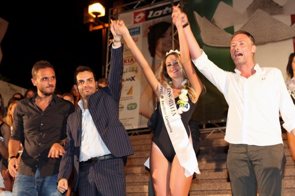 Miss lotto campania 2015 fabiana grottola for Mobilya megastore caserta