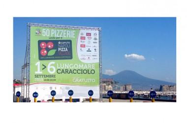Pizza Village: domani a Napoli si accendono i forni  della pizzeria più grande del mondo lunga 1.300 metri