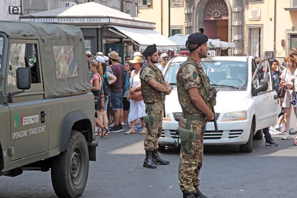 Piazza del Gesu' Napoli Strade Sicure
