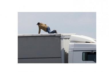 Immigrazione, dall'Ue 20 milioni a Parigi per la crisi di Calais