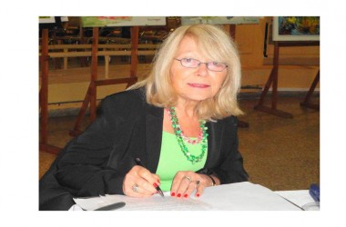 Maria D'Alessandro, la scrittrice che racconta storie, poesie e proverbi degli emigrati abruzzesi in Argentina