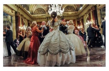"""7 novembre : Il """"Gran Ballo Borbonico"""" alla REGGIA DI CASERTA, tutte le informazioni per partecipare"""
