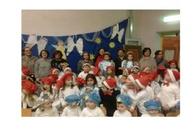 """A Recale, la scuola """"porta in scena"""" un Natale di gioia e di solidarietà"""
