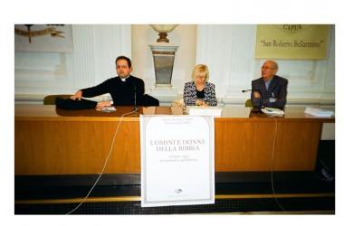 """Don Franco Galeone e Maria Rosaria  hanno presentato a Capua i libro """"Uomini e donne della bibbia""""- ieri per oggi tra miseria e grandezza"""""""