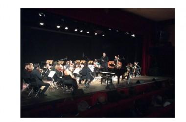 Concerto di Natale al Teatro Bolivar col maestro Keith Goodman e l'Orchestra San Giovanni