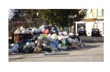 Caserta: week end all'insegna dei rifiuti. Di chi e' la responsabilita'?