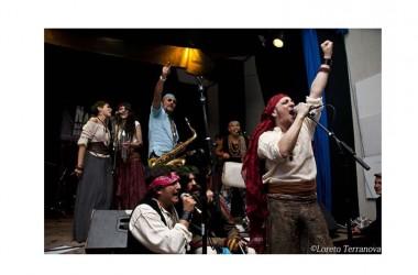"""Teatro Bolivar- """"Le Insolite Note"""" : sabato 30 aprile DANIELE SEPE in """"Capitan Capitone e i fratelli della Costa"""""""