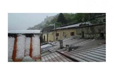 Incredibile nel casertano: nevica. Temperature in picchiata in tutta la provincia