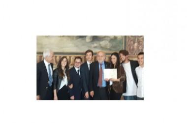 """Ancora un riconoscimento europei per i Manzoniani: a Montecitorio la premiazione per il concorso """"Diventare Cittadini Europei"""""""