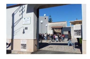 Il Rotaract club di Capua inaugura l'angolo di lettura al centro arte e cultura di Casapesenna