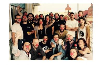 NÀPARADE: Napoli in mille colori  Parata di circo e arte di strada tra dono, calore umano e nuove tecnologie con la diretta streaming