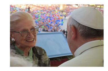 Far star bene gli anziani a casa. Le parole del papa, l'esempio della casa di riposo piemontese guidata da un emigrante calabrese
