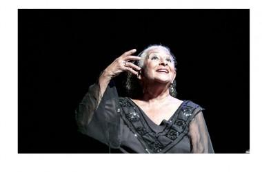 """Venerdì 4 novembre: Isa Danieli inaugura la stagione teatrale 2106/2017 con """"Serata d'amore"""", al Teatro Garibaldi di Santa Maria Capua Vetere"""
