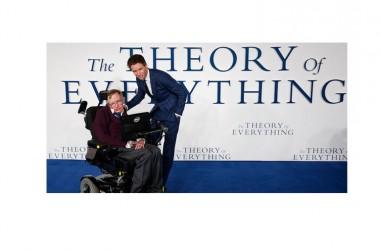 """""""La Teoria del tutto"""", la storia di Stephen Hawking e della sua malattia"""