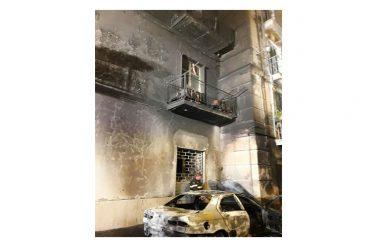 INCENDIO A CAPUA: fiamme distruggono auto in via Roma