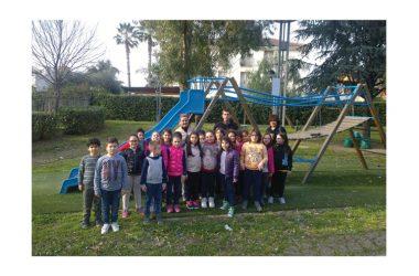 """""""Scuola Viva"""" a Capodrise, alunni a lezione di botanica al Parco """"Rodari"""" con Unicef"""