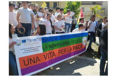 Cancello ed Arnone: Marcia della Pace per immagini