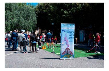 Nuovo successo con il tennis in piazza Vanvitelli a Caserta