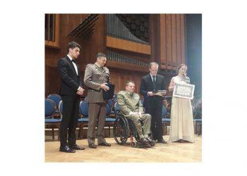 Il Ten. Col. Gianfranco Paglia riceve  il Premio Internazionale S.O.F.I.A.