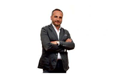 Portico di Caserta, Gerardo Massaro presenta le sue sei candidate:  «Basta parlare di quote rosa, sono elementi portanti del progetto Prima Portico»