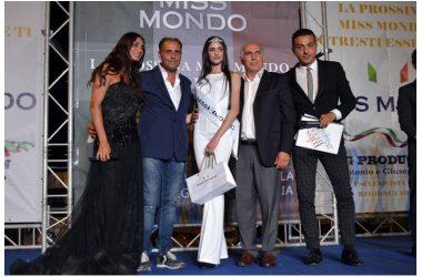 MISS MONDO CASTELLO DI CISTERNA, LA CASERTANA MARIA MORETTI QUALIFICATA PER LA FINALISIMA CAMPANA