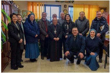 """Capodrise, il vescovo D'Alise in visita all'Istituto """"Gaglione"""""""