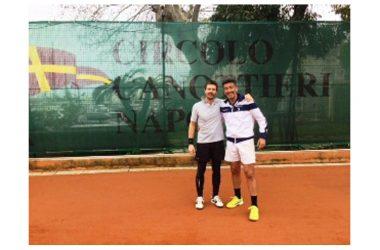 Ancora una affermazione del casertano al torneo svoltosi a Napoli con il patrocinio dell'Ussi. Silver Mele si conferma Campione Italiano dei Giornalisti Tennisti