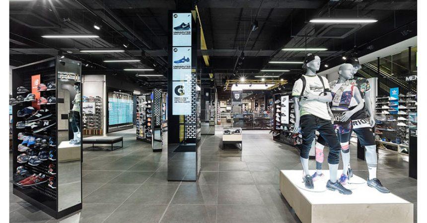 sports shoes 527dd 794d5 JD SPORTS Il Re delle scarpe sportive arriva a Marcianise (CE), Centro  Commerciale Campania