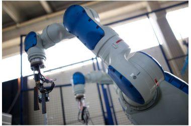 Dal robot farmacista al robot Michelangelo: la «nuova» Robotica per l'Industria 4.0 |