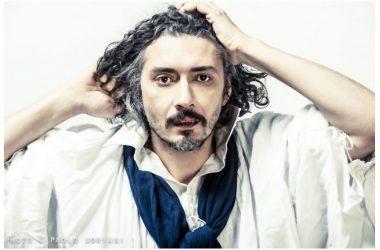 """Sabato 5 maggio: anteprima live con ospiti d'eccezione per Alessio Bonomo che presenta il nuovo disco """"La musica non esiste"""", al Teatro Nuovo di Napoli"""