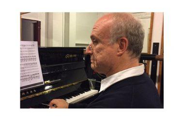"""Bruxelles, Martino Faggiani: """"la musica ha il potere di dire quello che è indicibile alla parola"""" L'intervista al direttore del Coro alla Monnaie"""