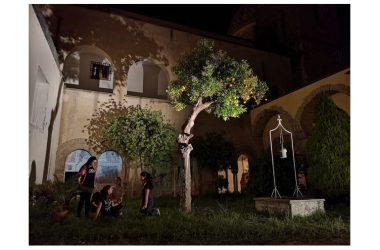 """Il Nostos Teatro invade Aversa con il ritorno del format """"A spasso con la storia"""""""