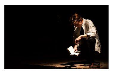 """Venerdì 15 giugno, prima: Ernesto Lama porta in scena """"Gemelli si, fratelli no"""" di Raffaele Speranza, al Teatro La giostra di Napoli"""