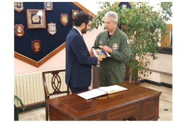 Aeronautica Militare: il Sottosegretario alla Difesa Tofalo visita l'Aeroporto di Decimomannu e il Poligono di Salto di Quirra