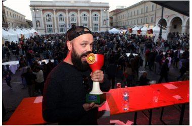 A Pesaro gran successo per la pizza Rossini