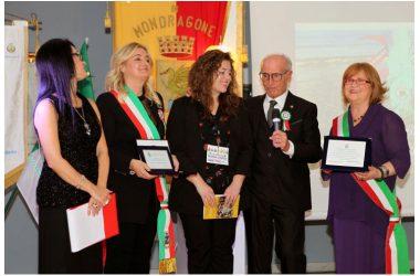 """Assegnati i riconoscimenti dell'Associazione """"Riviera Domitia""""  Premiati i promotori delle eccellenze, a 360 gradi, del territorio"""
